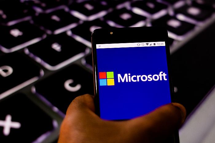 Microsoft заменит работающих на сайте MSN журналистов роботами