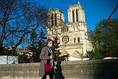 Соборную площадь парижского Нотр-Дама открыли для публики
