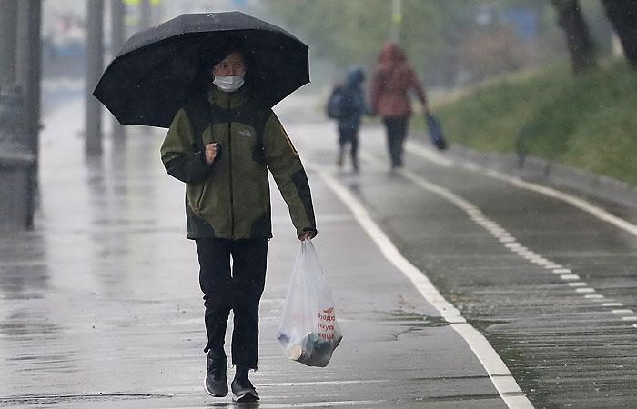 Около 185% месячной нормы осадков выпало в Москве с 29 мая