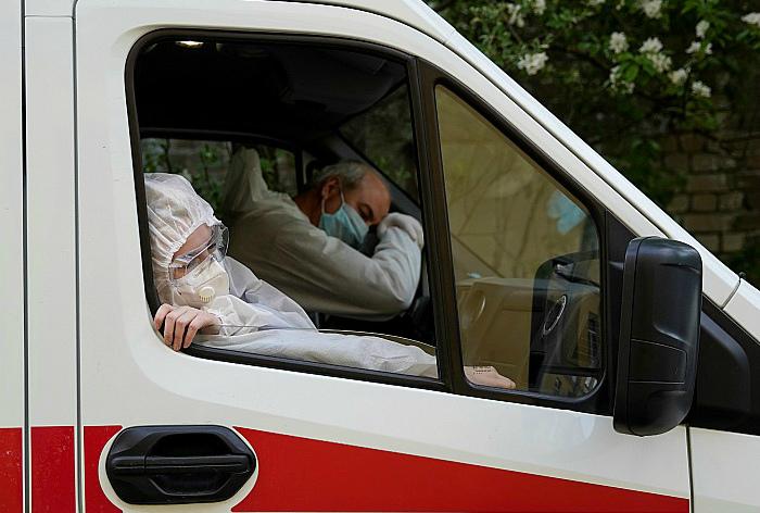 Число заболевших COVID-19 в России превысило 400 тысяч