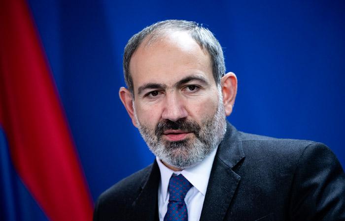 У премьера Армении диагностировали коронавирус