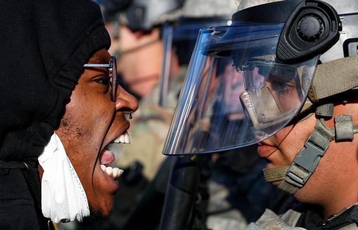В США на фоне беспорядков задержаны около четырех тысяч человек