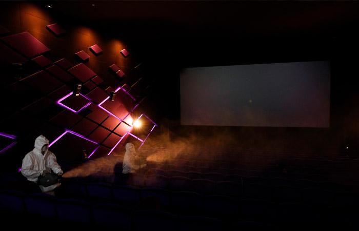 В правительстве заявили о возможном открытии кинотеатров в РФ в середине июля