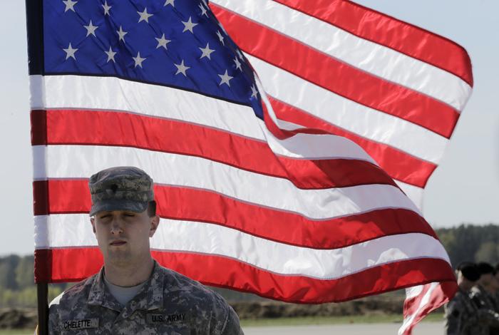 Пентагон направил 1,6 тыс. солдат в район Вашингтона