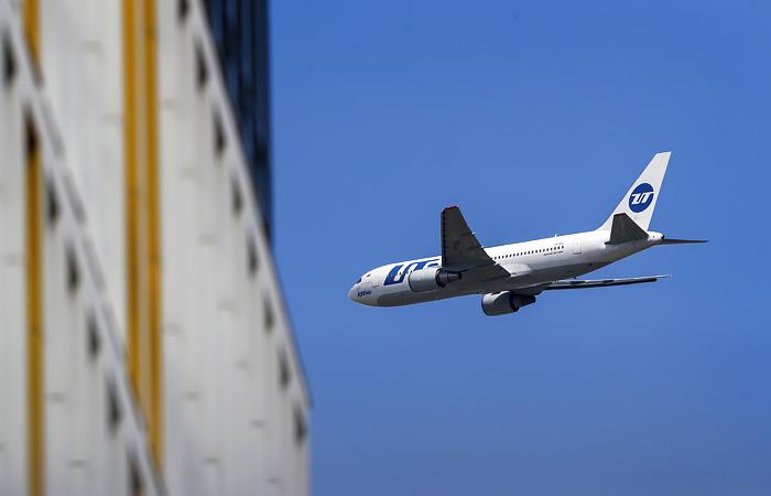 Utair начала предлагать ваучеры за отмененные рейсы