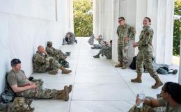 Пентагон вернет все регулярные войска, направленные в Вашингтон