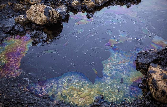 В Заполярье произошел разлив 10 тонн нефти из аварийной скважины