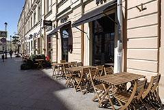 Собянин разрешил кафе и ресторанам открыть летние веранды