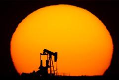 Цены на нефть остались стабильными во вторник утром