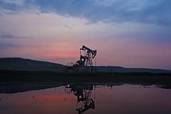 Новак дал прогноз по выходу мирового рынка нефти к балансу запасов