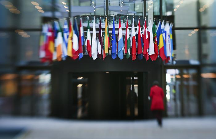 "Совет ЕС продлил ""крымские санкции"" еще на год"