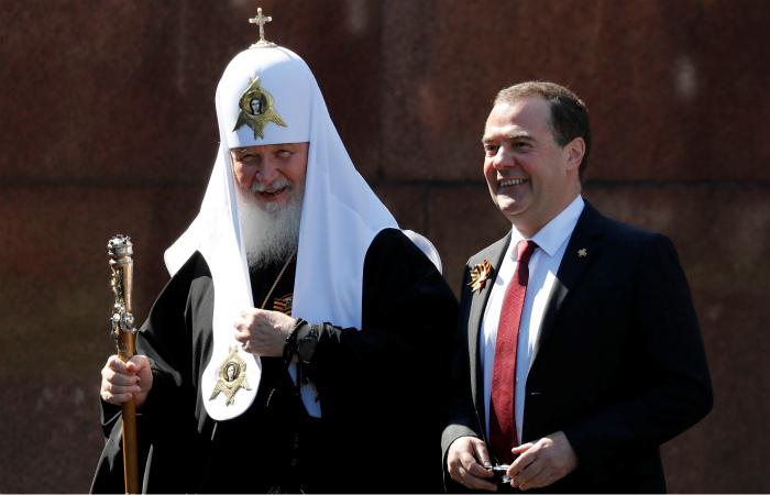 РПЦ опровергла отсутствие патриарха Кирилла на параде Победы