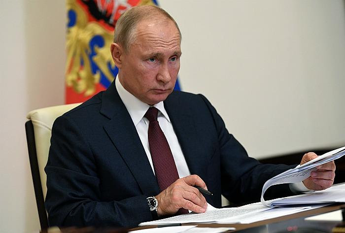 Путин заявил, что Россия справится с коронавирусом с минимальными потерями