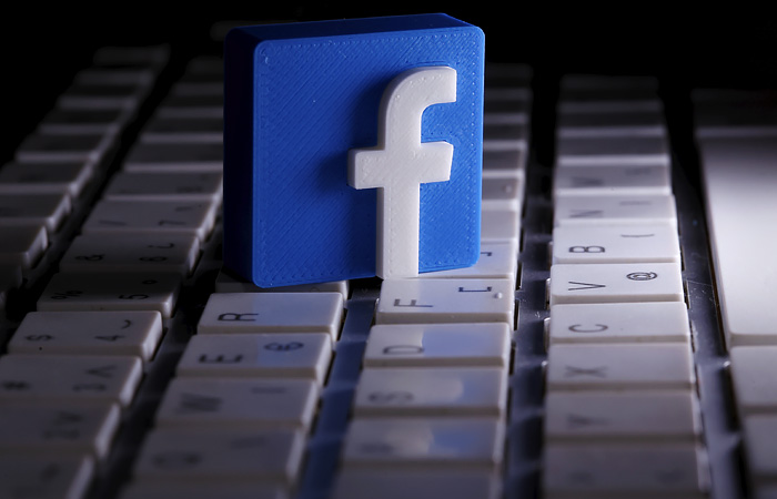 Компания социальная сеть Facebook  терпит убытки намиллиарды долларов