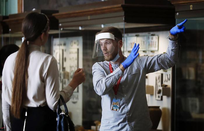 В нескольких музеях Москвы после открытия произошли локальные вспышки коронавируса