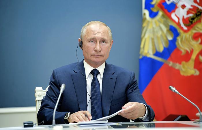 Источник сообщил, что Путин подумает над способом поблагодарить россиян за голосование по Конституции