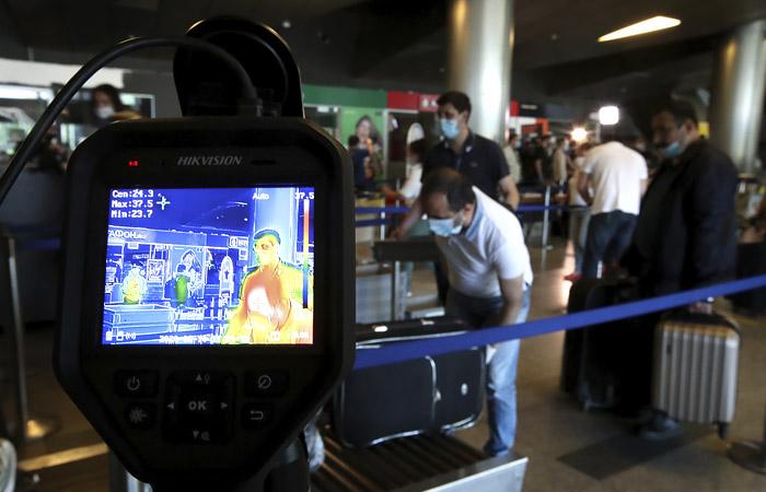 В РФ авиакомпании и аэропорты допустили сотни коронавирусных нарушений