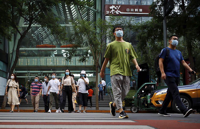Индекс деловой активности в сфере услуг Китая вырос до максимума за 10 лет