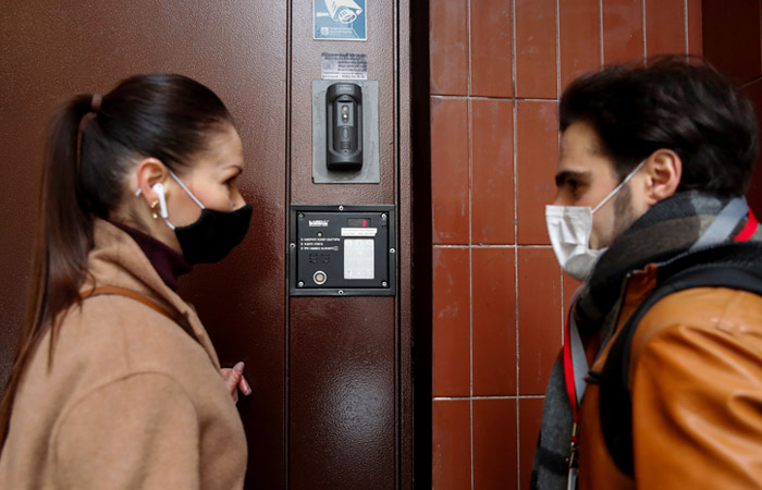 Роспотребнадзор подготовил специальные рекомендации по гриппу и COVID-19 на осень