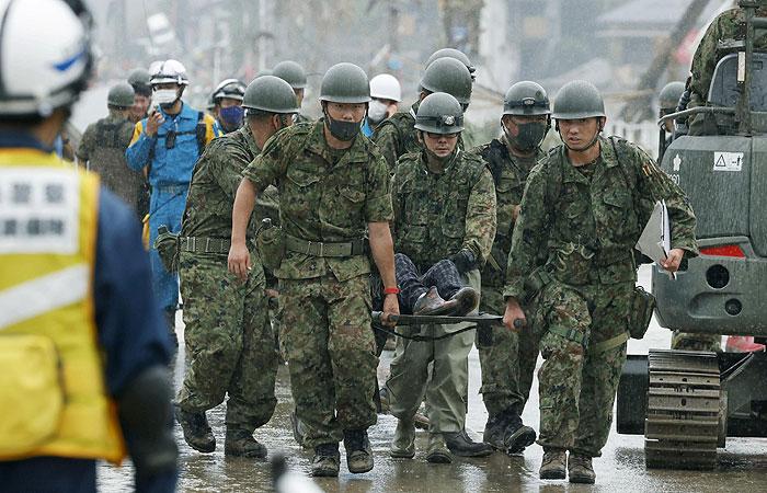 Из-за наводнения на юге Японии погибли 18 человек