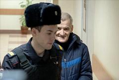 """Прокурор запросил 15 лет колонии для главы карельского """"Мемориала"""" Дмитриева"""