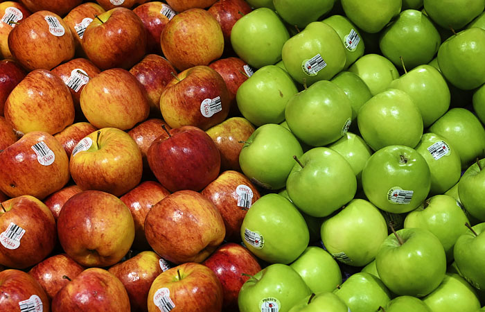 Эксперт объяснил рост цен на яблоки в РФ задержками поставок из-за коронавируса