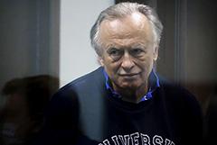 Суд запросит у Франции записи телефонных разговоров историка Соколова с посольством в Москве