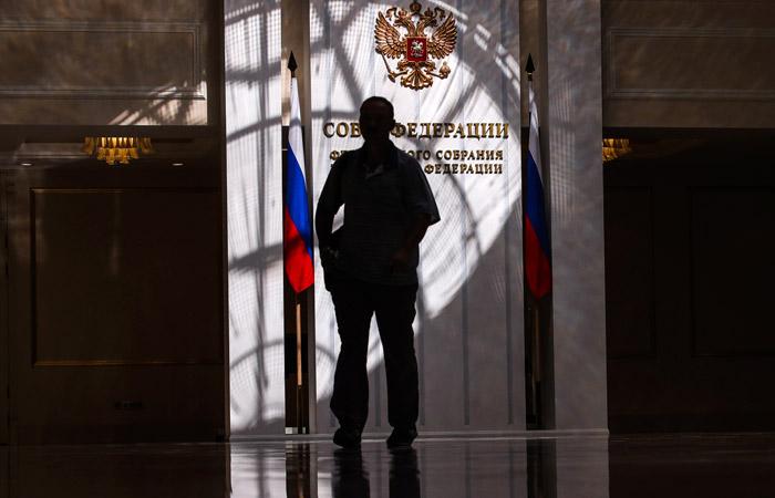 В России примут закон о пожизненном сенаторстве