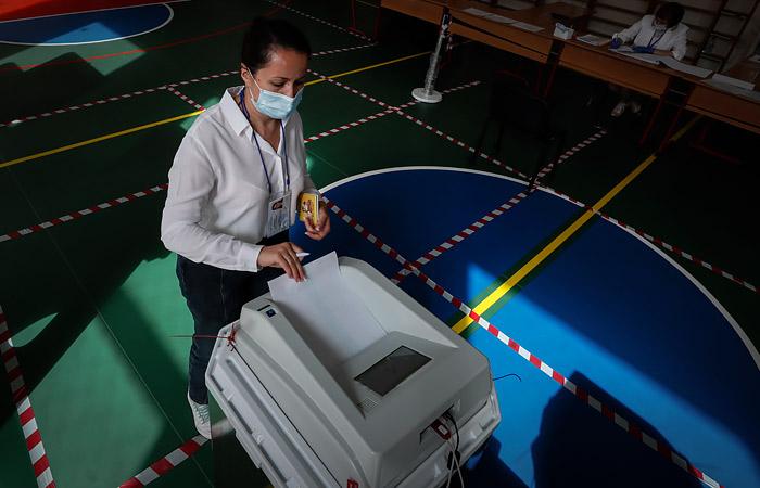 Путин отметил, что голосование по Конституции не привело к вспышке коронавируса