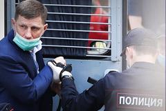 """Адвокат Трунов попросил возбудить на Фургала уголовное дело из-за пожара в лагере """"Холдоми"""""""