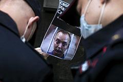 Лефортовский суд не арестовывал имущество Ивана Сафронова