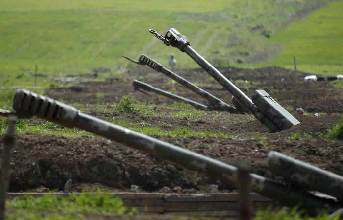 Баку обвинил военных Армении в минометном обстреле азербайджанского села