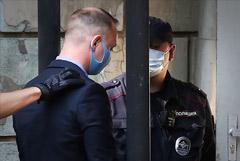 Песков отказался сообщить, что думает Путин о деле журналиста Сафронова