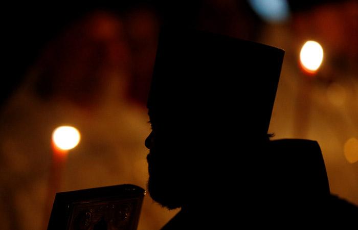 Шестерых священников Среднеуральского монастыря запретили в служении