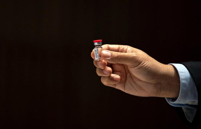 Сеченовский университет завершил первый этап клинических испытаний вакцины от COVID-19