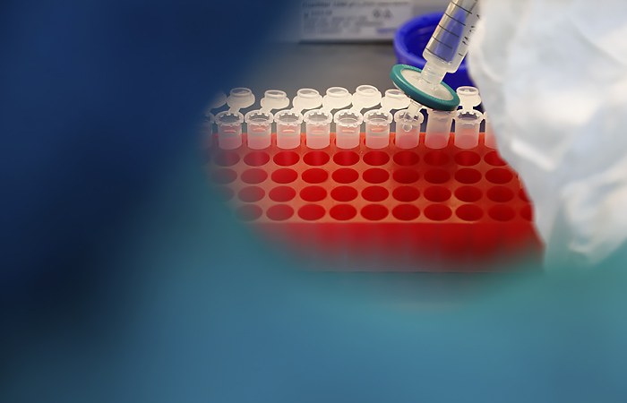 Сеченовский университет выписал первых добровольцев, на которых испытывали вакцину от COVID-19