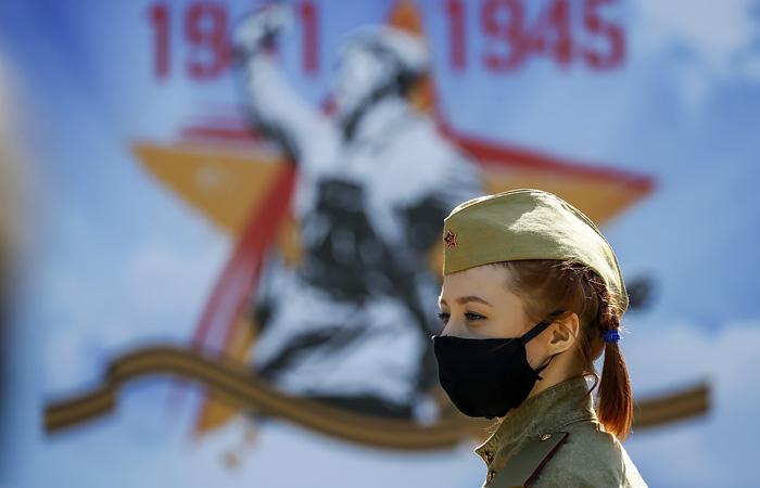 """Новой возможной датой проведения """"Бессмертного полка"""" назвали сентябрь"""