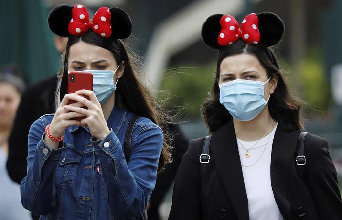 Во Франции ношение масок  в общественных местах станет обязательным