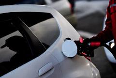 Владельцы независимых АЗС пожаловались Мишустину на рост цен на топливо