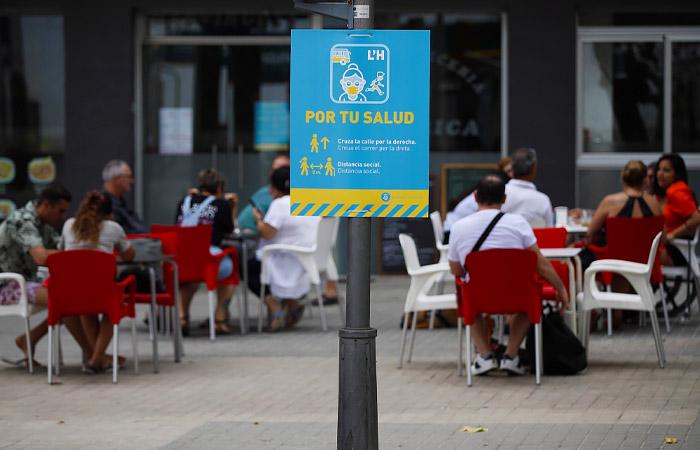 В Барселоне ввели новые ограничения из-за коронавируса