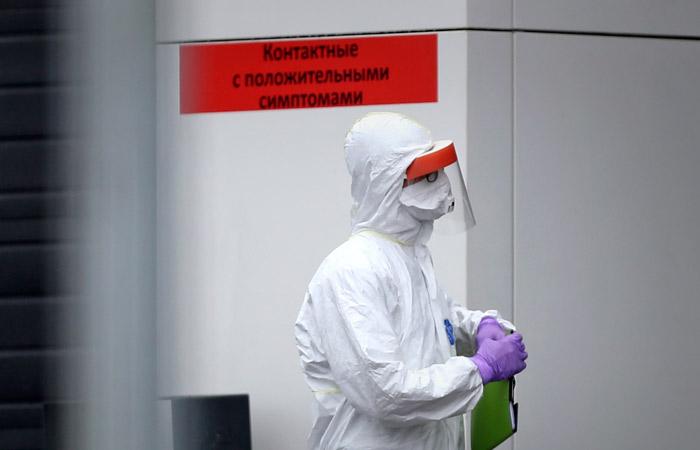 Число заболевших коронавирусом в России превысило 800 тыс. человек