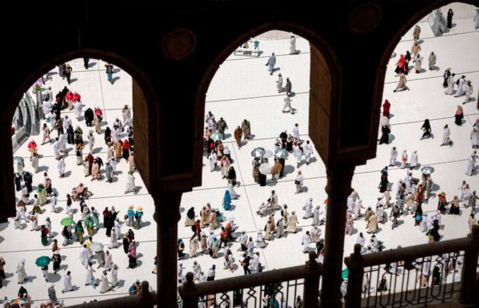 В хадже к Мекке смогут участвовать лишь около тысячи паломников