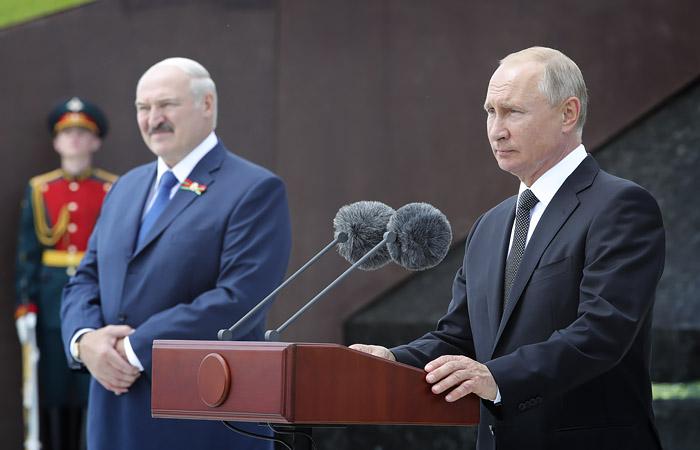 В Кремле на фоне заявления Лукашенко заверили, что Путин здоров