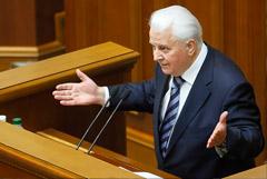 Кравчук предложил ввести особую систему управления в Донбассе
