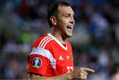 Дзюба назван лучшим игроком чемпионата России по футболу