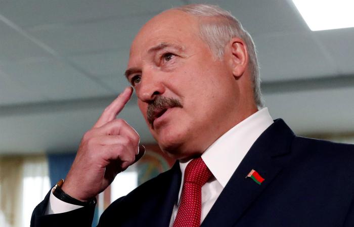 Лукашенко заявил, что в Белоруссию пытались перебросить 200 бойцов