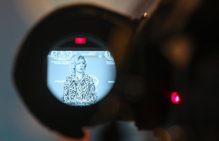 Захарова назвала спектаклем задержание в Белоруссии группы россиян