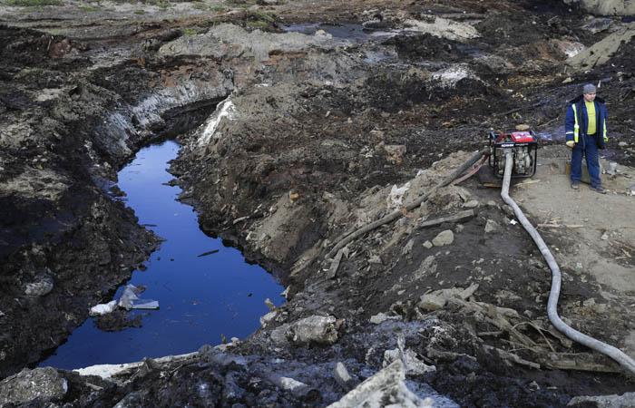 """Очевидцы сообщили о сбросе в тундру стоков из рудника """"Норникеля"""""""