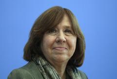 Лауреат Нобелевской премии Алексиевич призвала Лукашенко к отставке