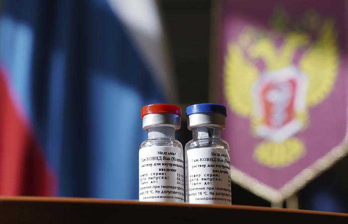 Российскую вакцину от коронавируса начнут выпускать в ближайшие две недели